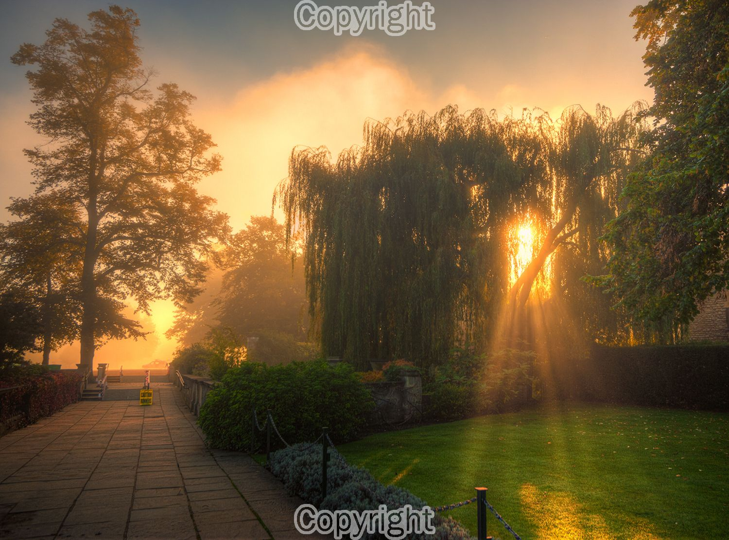 A foggy Autumn sunrise in Oxford.  Equipment: Nikon D700 & Sigma 15-30mm Lens